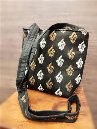 Black Cotton Handblock Printed Sling Bag - Missori