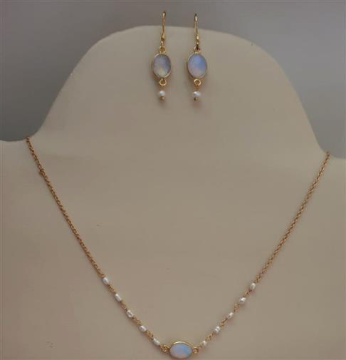 Moon Stone Gold Plated Necklace Set - Missori