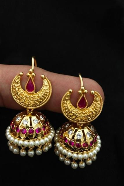 Chandrakor Gold Jhumka _Online _MaherFashion_Mumbai - Maher Fashion(Fashiontrends)