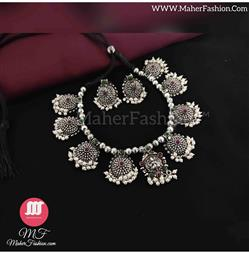 Laxmi Pendant Oxidise  Necklace_Online _MaherFashion_Mumbai - Maher Fashion(Fashiontrends)